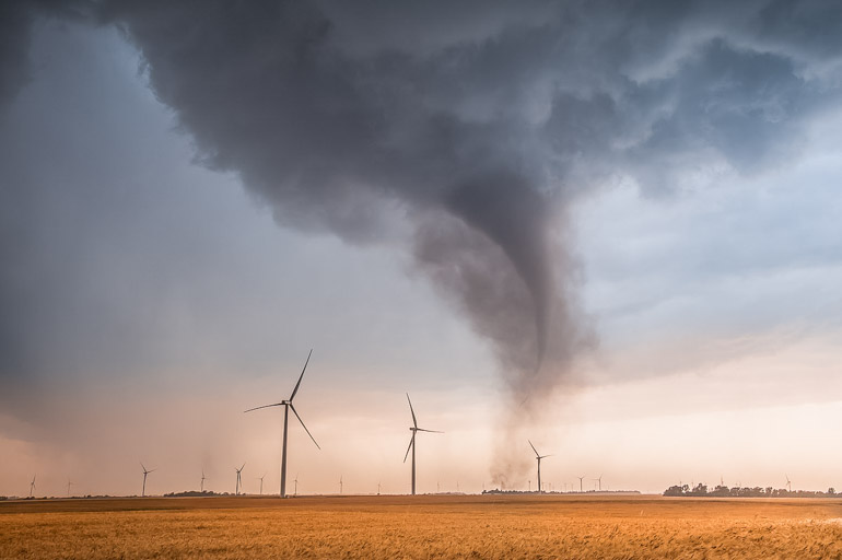 Tornado_Rago
