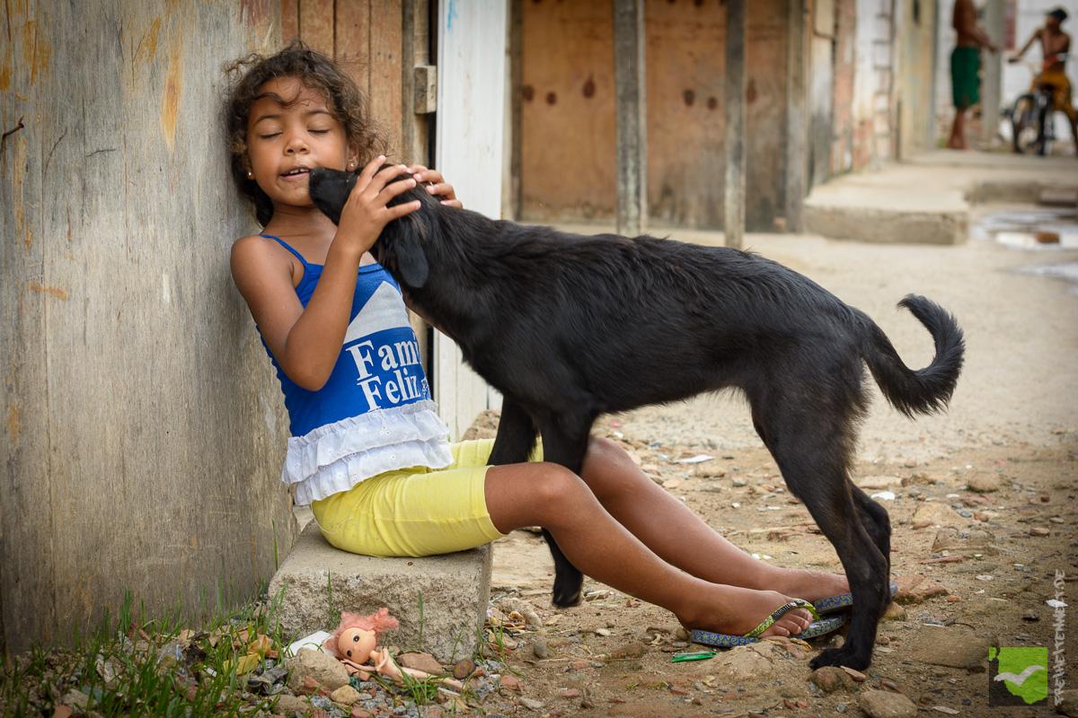 Besuch der Favela Jaragua in Maceios. Fischer, Dorf, Kinder - einfaches Leben