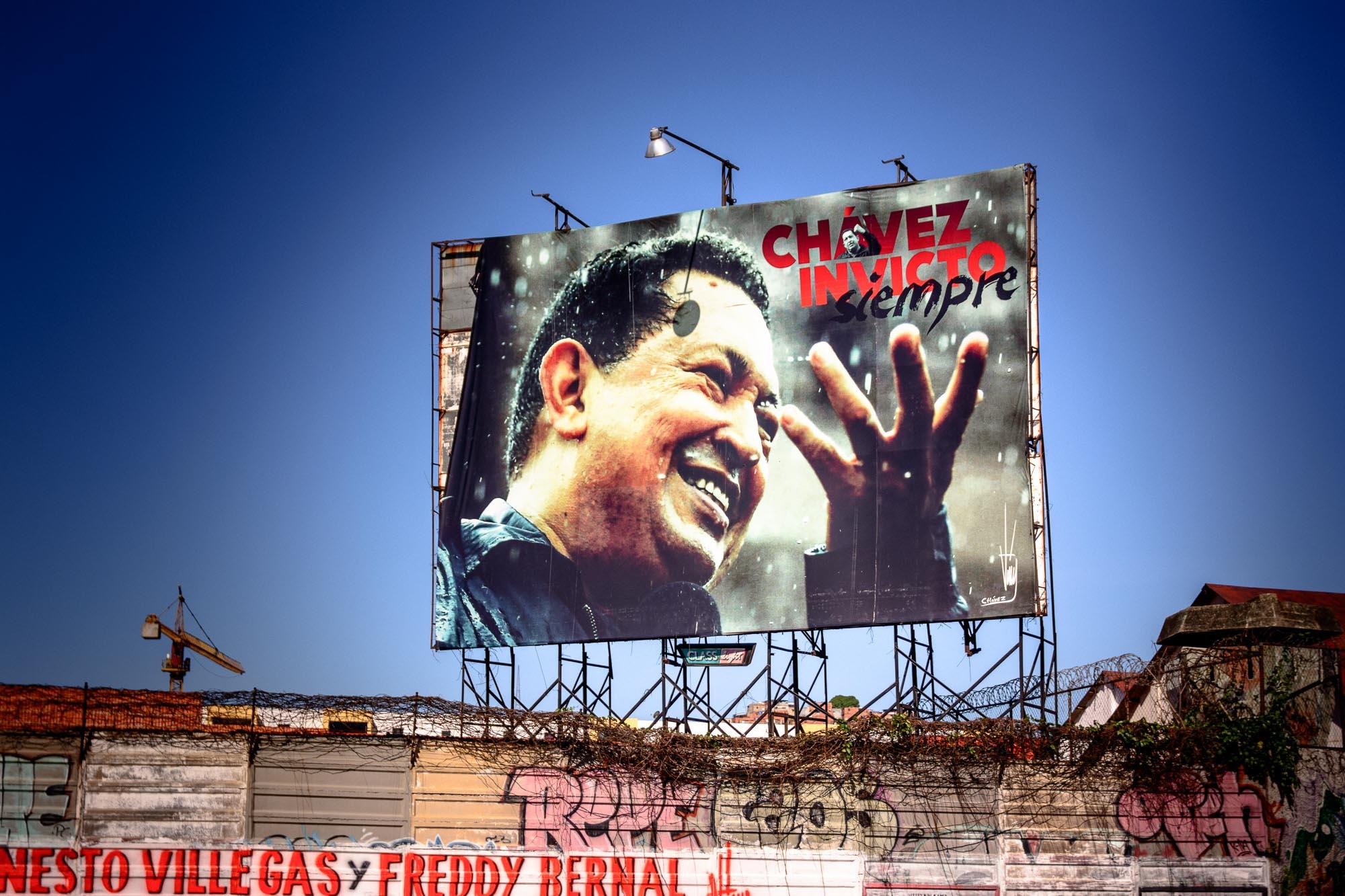 Chavez-Invicto.jpg